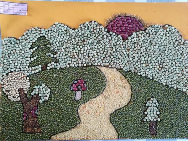心学校顺利举办五谷粘贴画展评活动 -甘州区教育局