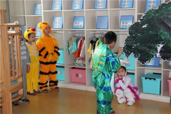 """【第一幼儿园】甘州区第一幼儿园开展""""阅读悦心,保护心灵之窗""""主题"""