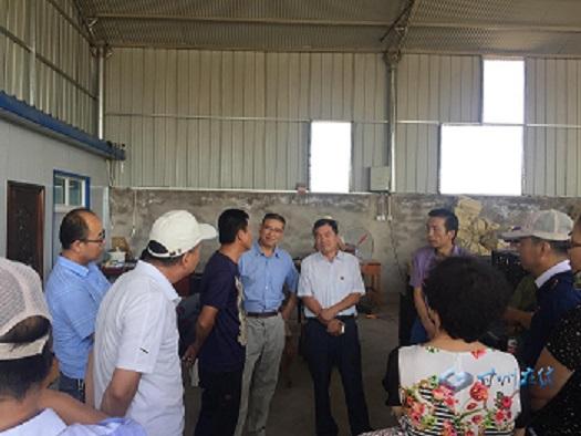 甘州区农业局组织局属各单位检查观摩活动