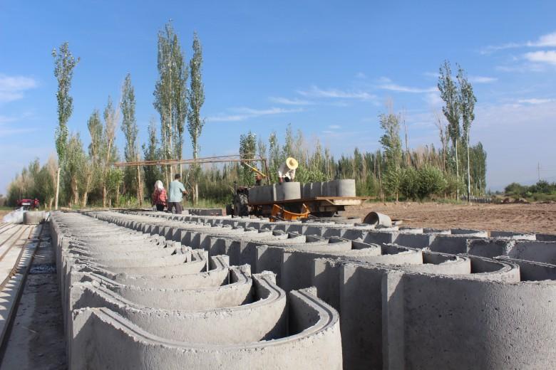 甘州区碱滩镇项目建设风生水起
