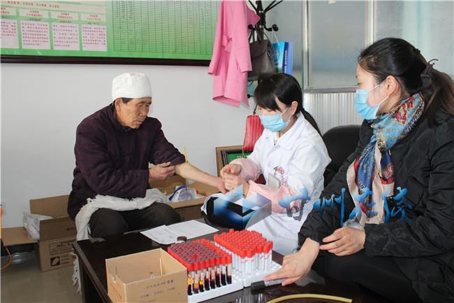 甘州区乌江镇:为65岁以上老人免费体检获点赞