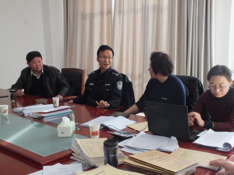 市局执法质量考评组考核评议我局执法质量工作