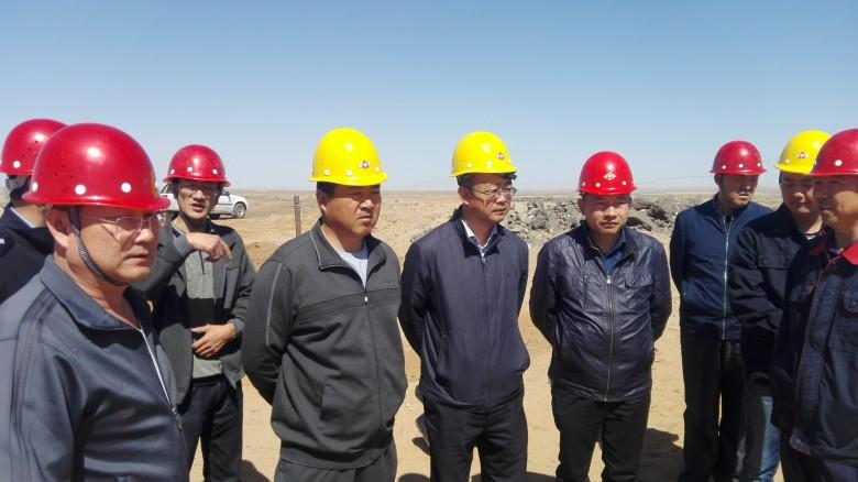 汪晓瑞、王斌带队检查非煤矿山和危险化学品企业安全生产工作