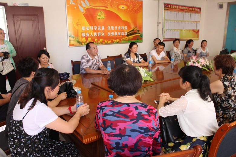 全市社区党组织负责人到新乐社区观摩