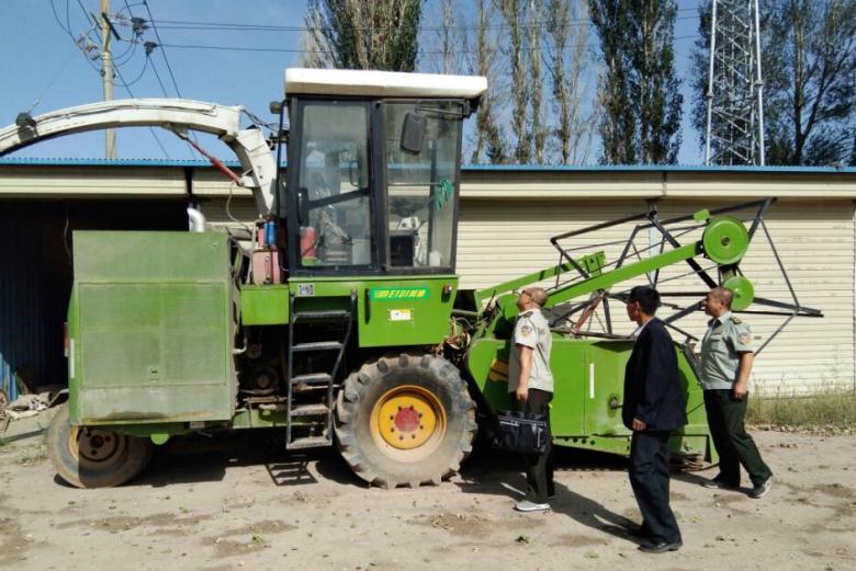 区农机局开展联合收获作业机械安全大检查