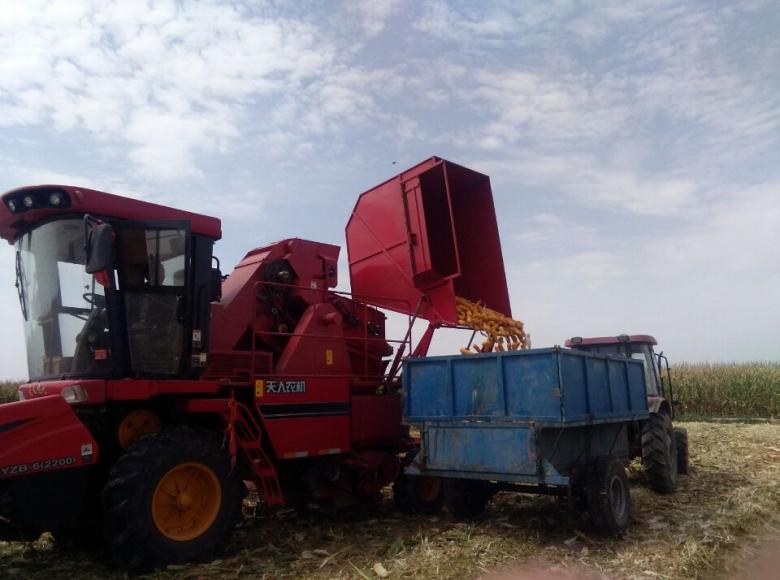 碱滩镇大力推广应用新机具,服务农业促发展