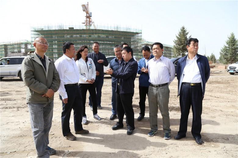 王海峰调研张掖二中分校建设运行情况