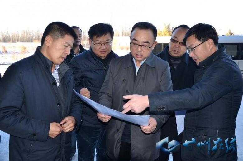 张健调研张掖绿洲现代农业试验示范区农业科技研发中心建设工作