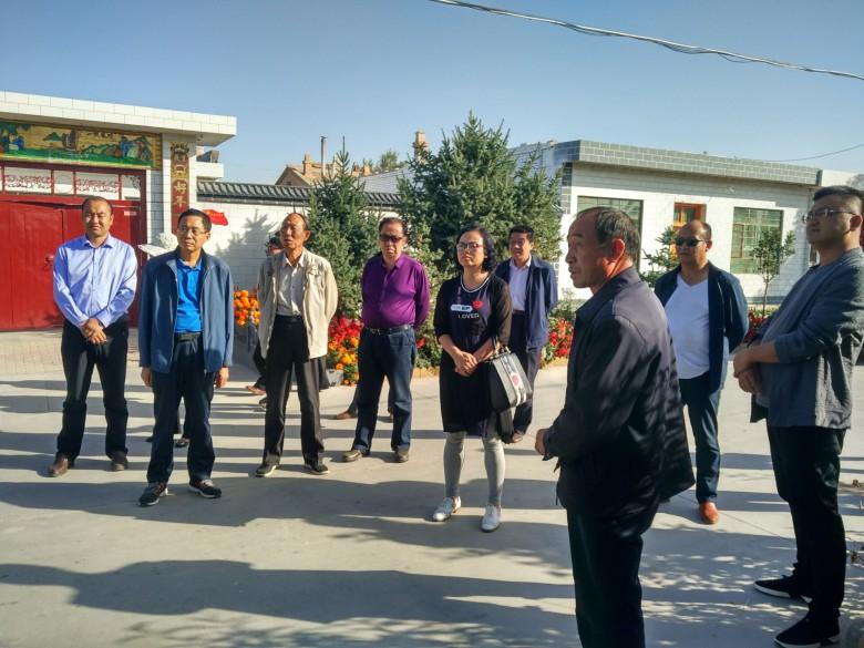 甘州区环卫局组织全体干部职工到临泽县学习观摩全域无垃圾创建工作